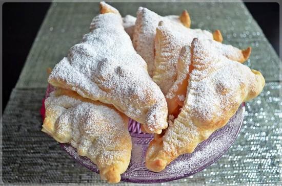 ciasto-francuskie-z-rabarbarem